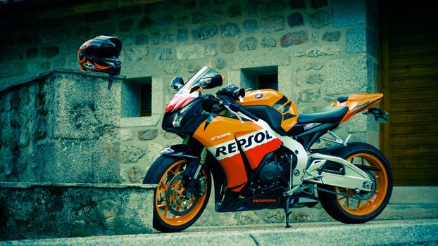 Photo free Honda CBR Repsol, yellow, motorcycle