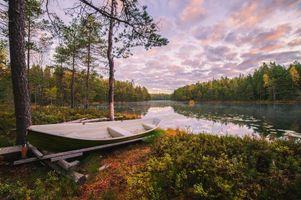 Бесплатные фото озеро,осень,Финляндия,лес деревья берег,лодка,природа,пейзаж