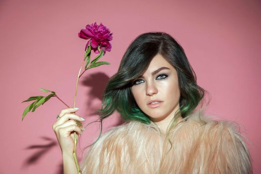 Photo free Phoebe Ryan music, celebrity, girl