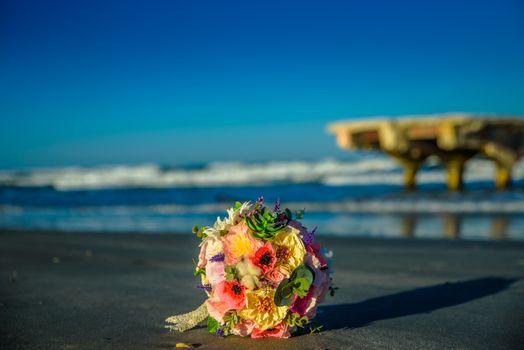Бесплатные фото пляж,букет,цветочный,цветы,пейзаж,море,тень,восход,закат солнца,свадьба