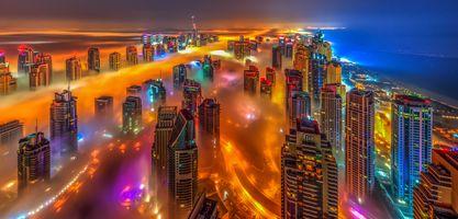 Туман в Дубаи · бесплатное фото