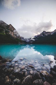 Заставки пейзаж,облако,зеленый,фон блокировки экрана,лето,закат,гора,ледник,синий,озеро,банф
