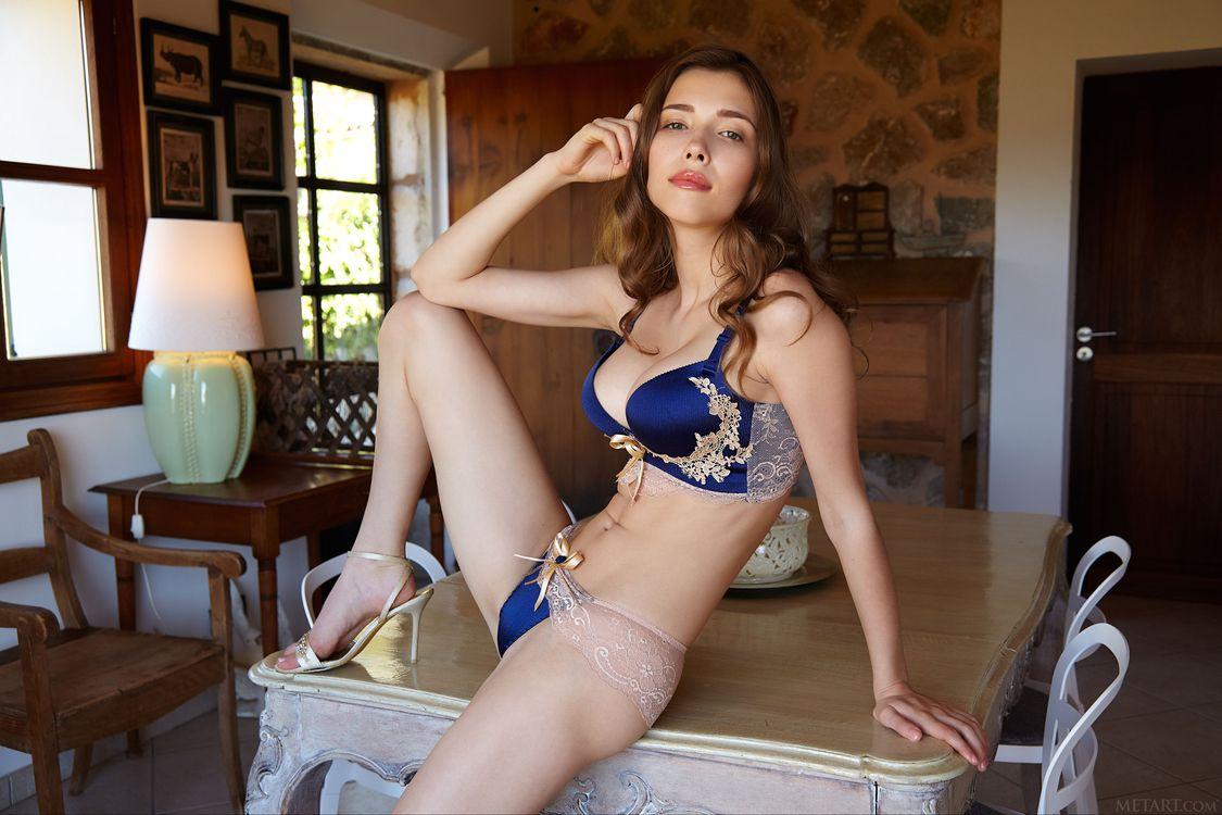 Фото бесплатно Mila Azul, красотка, голая, голая девушка, обнаженная девушка, позы, поза, сексуальная девушка, эротика, Nude, Solo, Posing, Erotic, эротика - скачать на рабочий стол