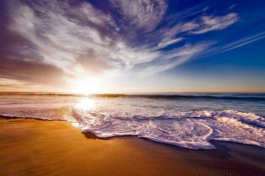Бесплатные фото пляж,пейзаж,море,берег,природа,песок,камень,океан,горизонт,облако,небо,солнце