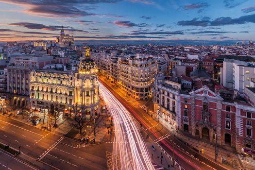 Бесплатные фото Гран виа,Circulo de Bellas Artes,Madrid,сумерки,закат