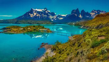 Бесплатные фото Lake Pehoe,Chile,Озеро Пехое,Чили,горы,озеро,мост