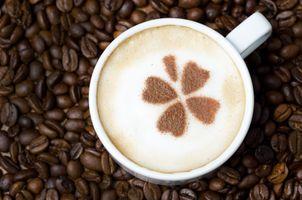 Фото бесплатно кофе в зернах, капучино, зерновой, кофе, напиток, пена, узор