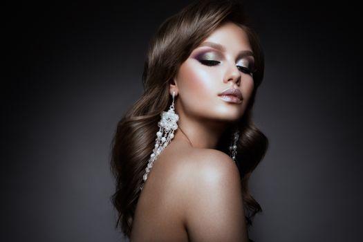 Бесплатные фото девушка,макияж,украшение