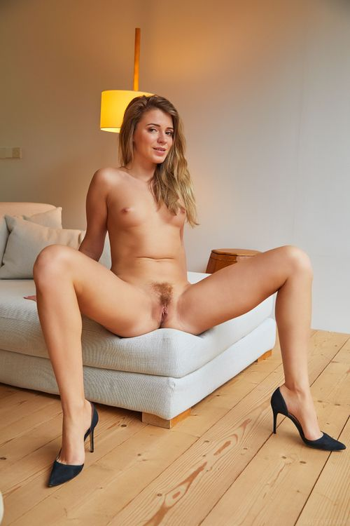 sexy-nude-solo-gal
