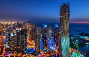 Высотки Дубая с высоты птичьего полета