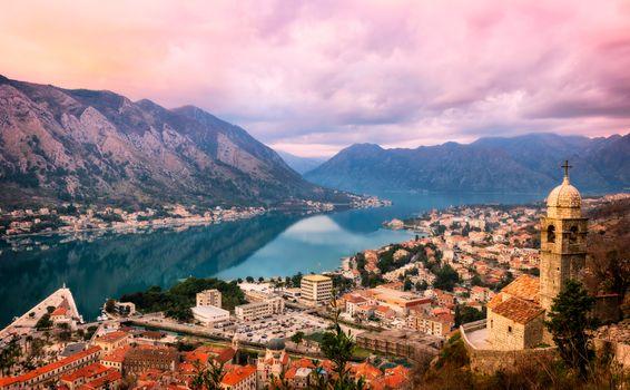 Бесплатные фото Kotor,Montenegro,город,горы,городской пейзаж