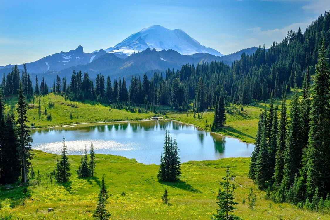 Фото бесплатно Tipsoo Lake, Mount Rainier National Park, Washington - на рабочий стол