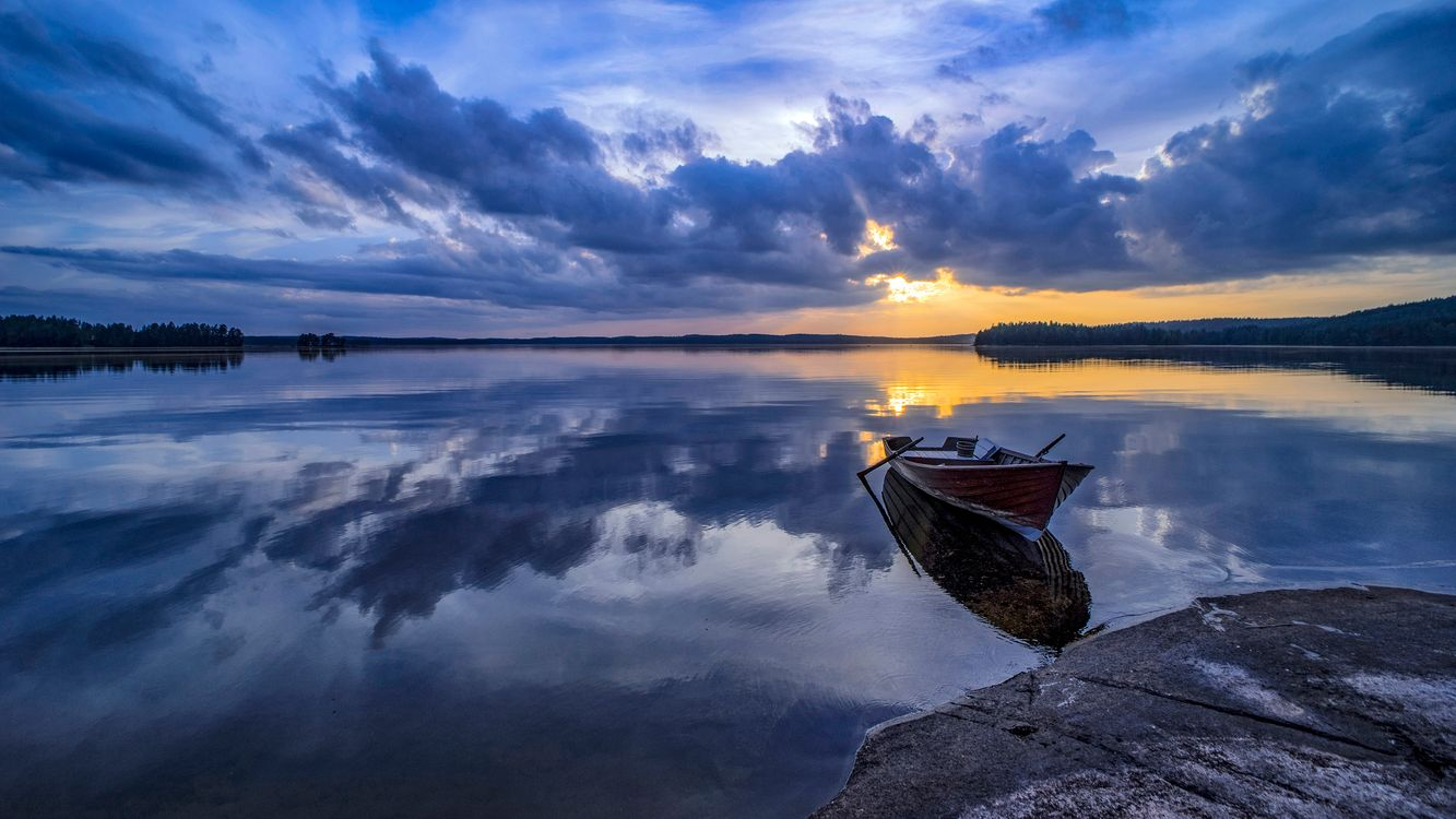 Фото бесплатно закат, озеро, отражение, небо, облака, лодка, природа - на рабочий стол
