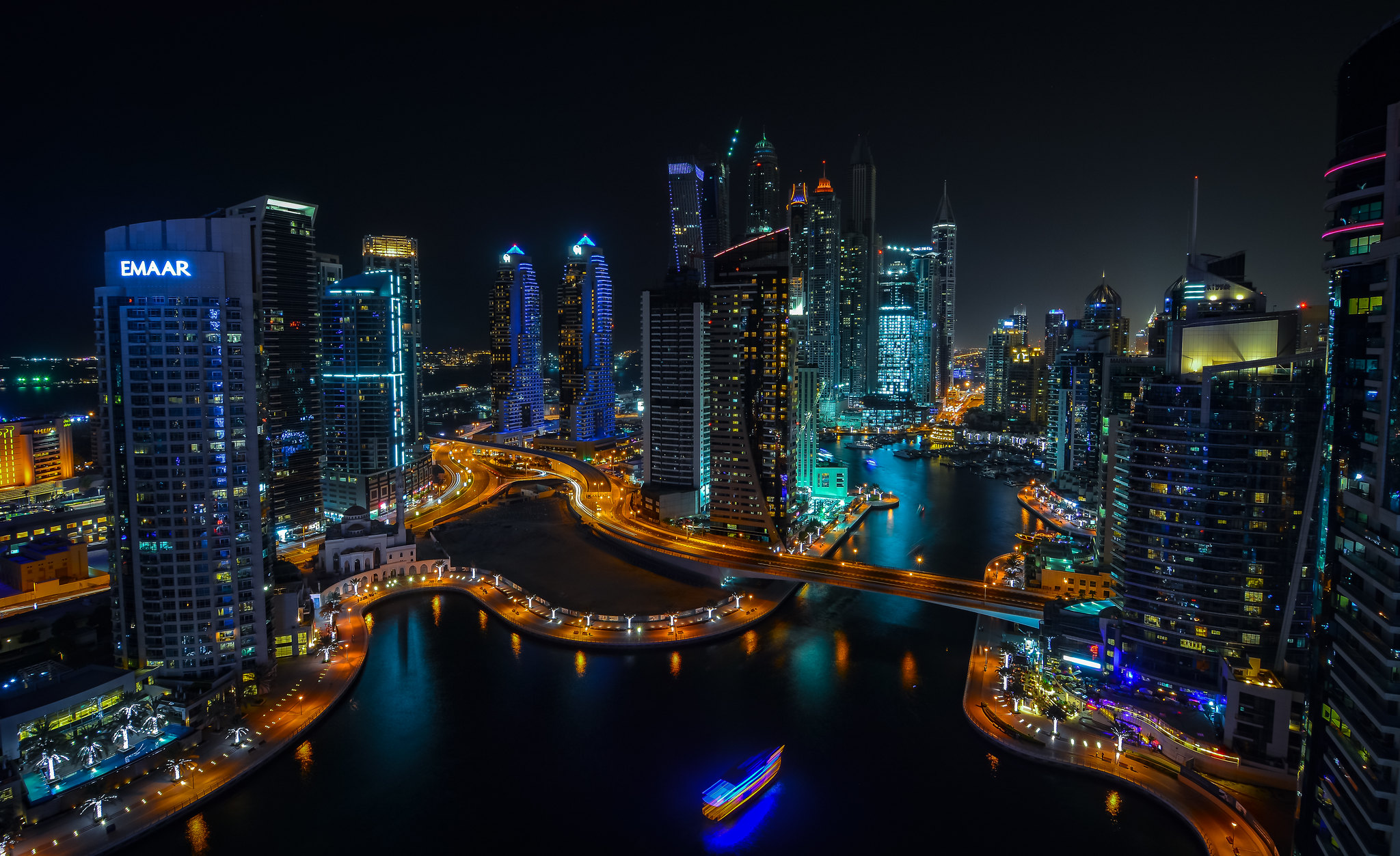 известен фото красивого вида на ночной город польза данного
