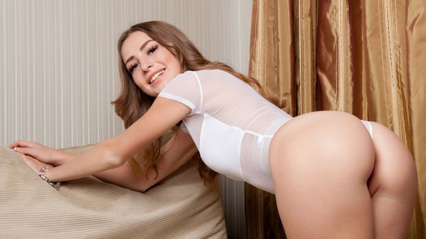 Photo free Wilma, ass, brunette