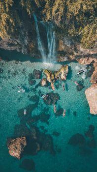 Фото бесплатно скалы, водопад, синее море