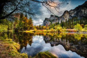 Бесплатные фото Yosemite National Park,California,Национальный парк Йосемити,река Мерсед,осень,горы,деревья