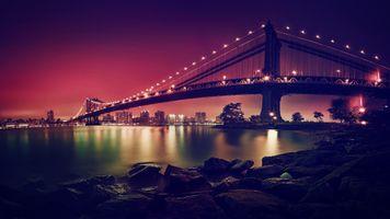 Ночной мост в огнях