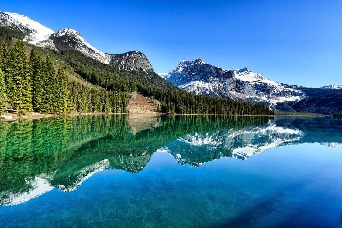 Изумрудное озеро в Канаде · бесплатное фото
