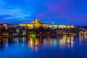 Заставки ночной город, Пражский Град, Чешская Республика