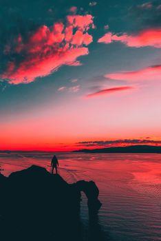 Бесплатные фото закат солнца,цвета,человек,силуэт,небо,горизонт,послесвечение,красное небо утром,море,восход,спокойствие,рассвет