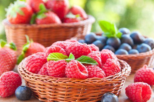 Photo free summer, strawberries, blueberries
