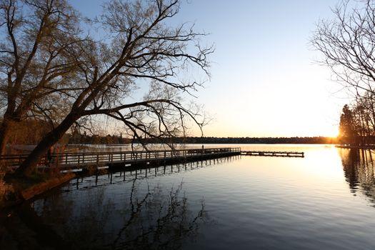 Заставки пейзаж,утро,пирс,размышления,водный путь,воды,небо,дерево,река,банка,зима,озеро