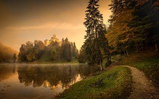 Бесплатные фото Trakoscan Castle,Croatia,Замок Тракоскан,Хорватия,озеро,тропинка,деревья