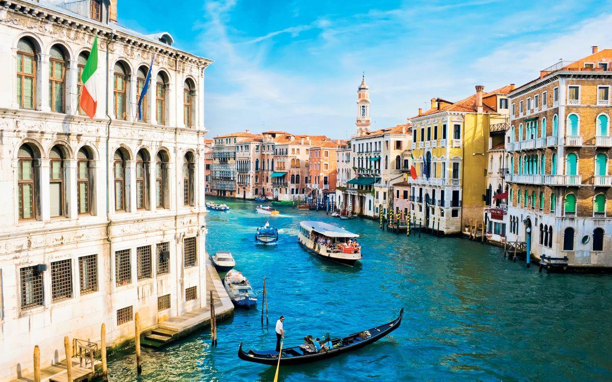 Канал Венеция и лодочки · бесплатное фото