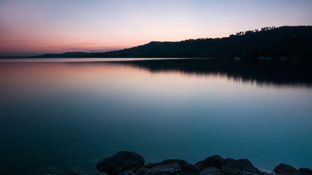 Фото бесплатно озеро, вечер, береговая линия