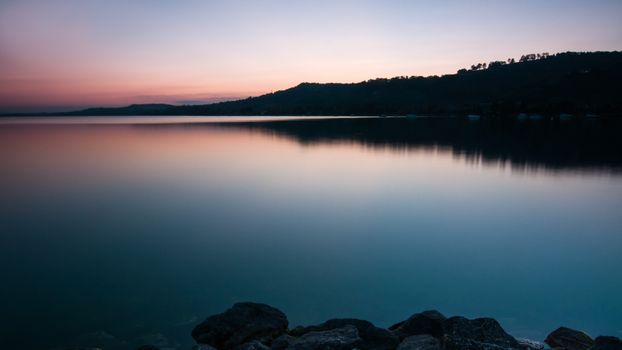 Заставки озеро, вечер, береговая линия