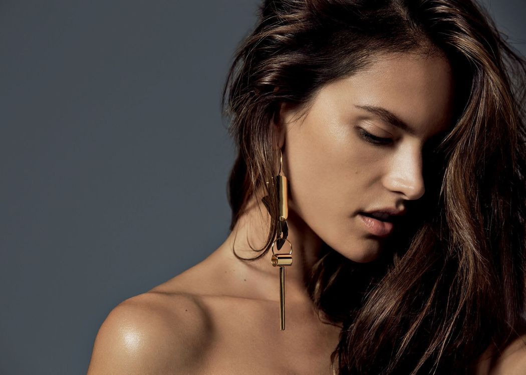 Photo Alessandra Ambrosio girl model - free pictures on Fonwall