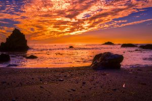 Amber sunset on the sea · free photo