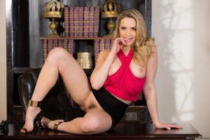 Бесплатные фото Mia Malkova, красотка, голая, голая девушка, обнаженная девушка, позы, поза