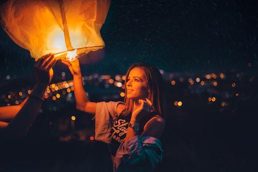 Photo free girls, lantern, night