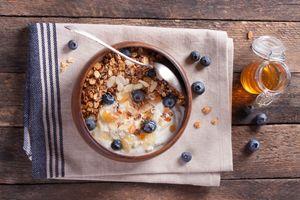 Фото бесплатно овсянка, ягоды, завтрак