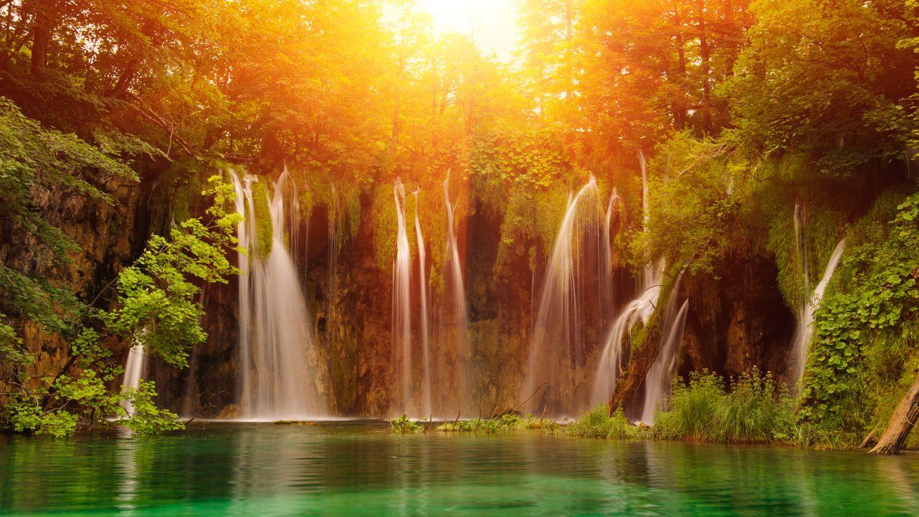 Фото бесплатно Плитвицкие озера, Хорватия, водопад, деревья, дорожки, Плитвицкие водопады, пейзаж, Национальный парк Плитвицкие озера в Хорватии, пейзажи