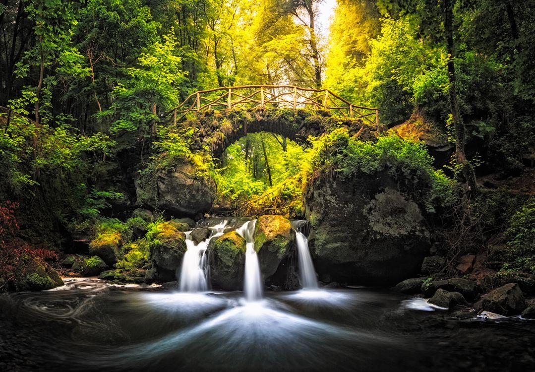 Фото бесплатно Woodfairy Bridge, Schiessentumpel waterfall, Nature Park Mellerdall, Luxemburg, пейзажи