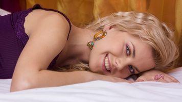 Заставки Елизавета, улыбка, голубые глаза