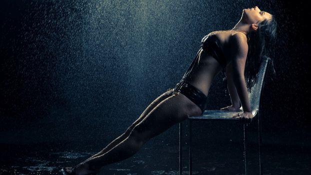 Фото бесплатно Девушка, дождь, лето