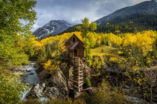 Crystal Mill in Colorado · free photo