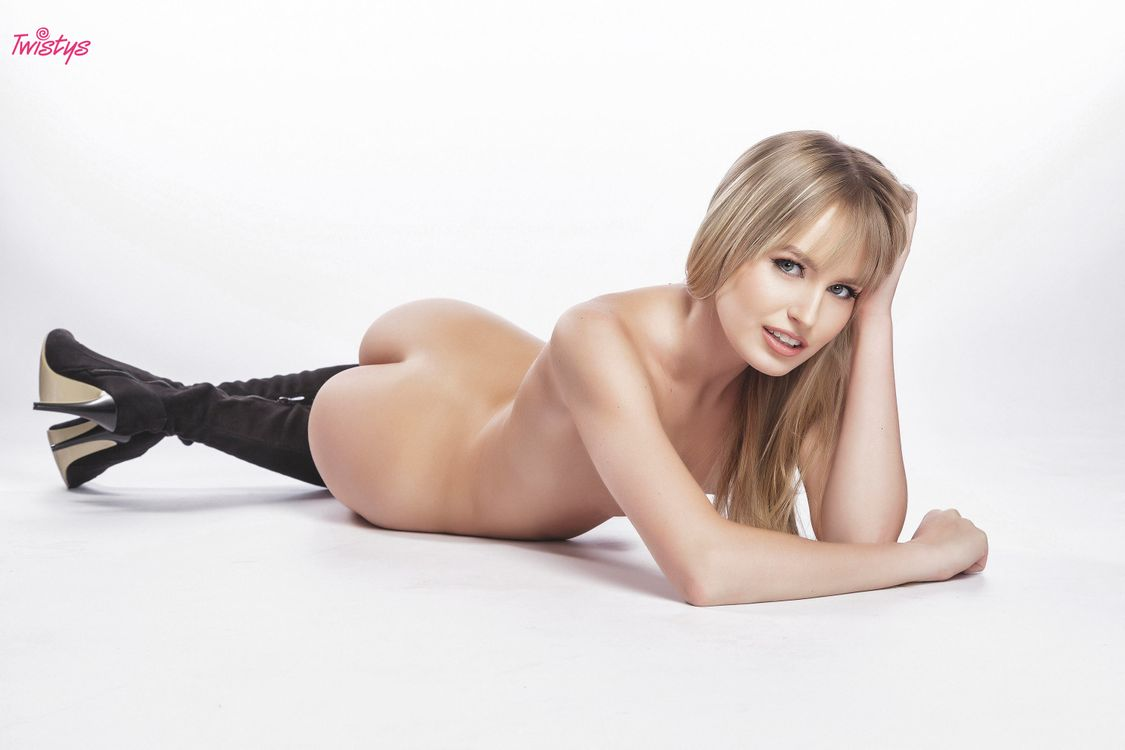 Фото бесплатно scarlett sage, ass, моделирование, блондинка, сапоги, загорелые, горячие, эротика