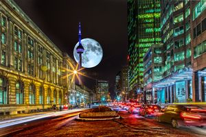 Заставки Торонто, Станция Юнион, город