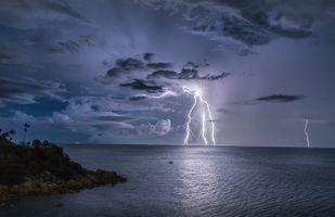 Бесплатные фото Таиланд,море,ночь,молния,гроза,небо,берег