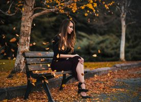 Фото бесплатно место отдыха, скамейки, девушка