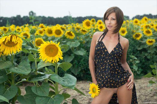 Бесплатные фото Vlada,Anya L,голая девушка,обнаженная девушка,позы,поза,сексуальная девушка,эротика,Nude,Solo,Posing,Erotic