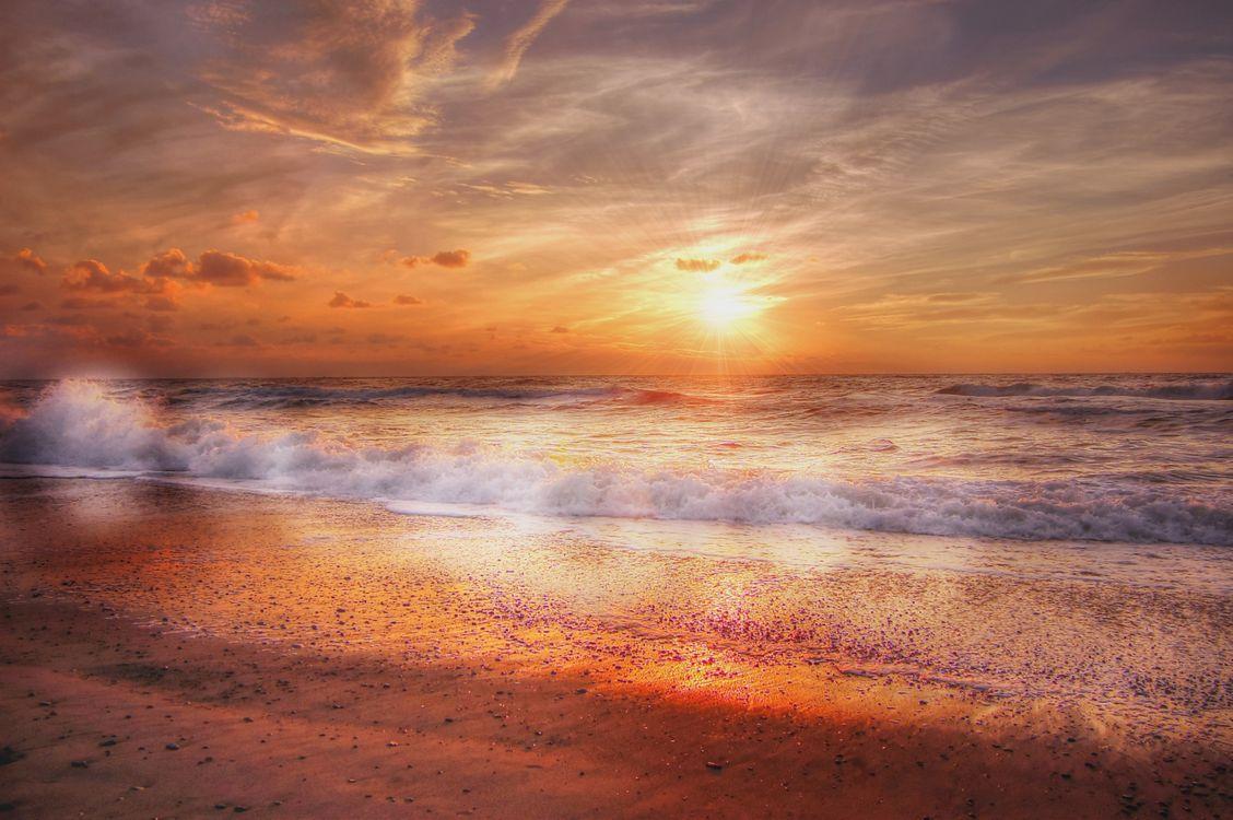 Янтарный закат · бесплатное фото