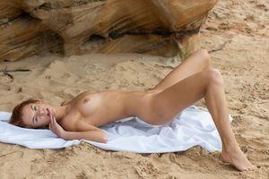 Бесплатные фото Ingrid,красотка,голая,голая девушка,обнаженная девушка,позы,поза