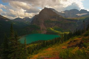Photo free Grinnell Lake in Glacier National Park, Montana, lake