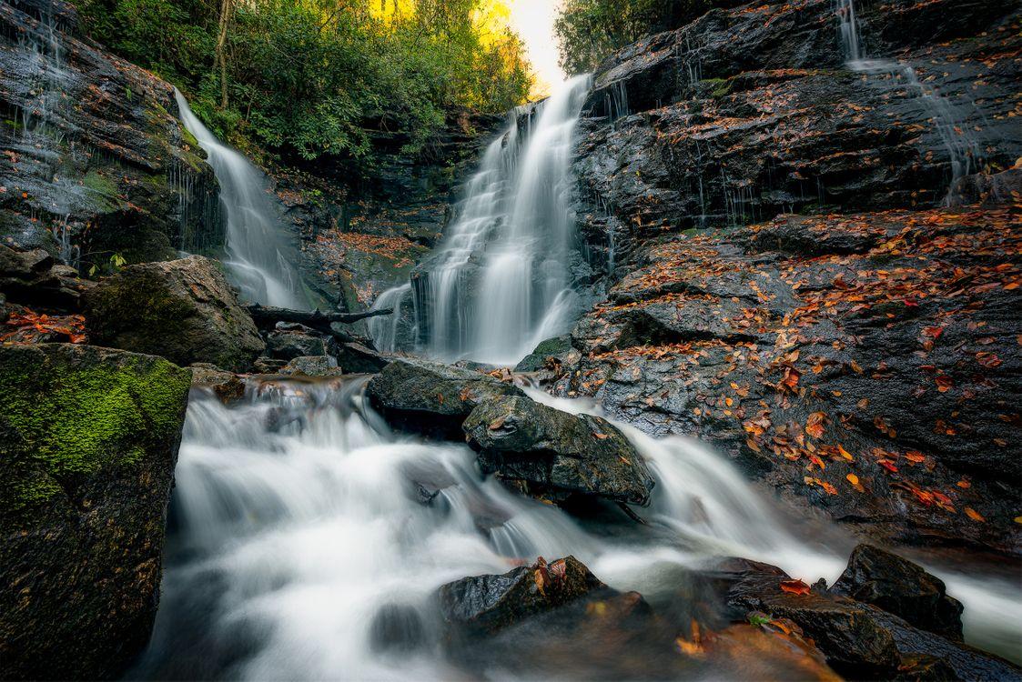 Фото бесплатно Soco Falls, Cherokee, North Carolina, водопад, скалы, поток, течение, деревья, природа, пейзаж, пейзажи - скачать на рабочий стол